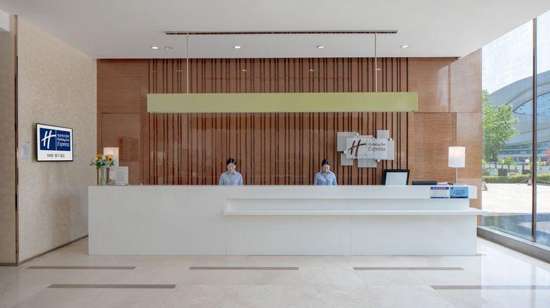 "<b>Holiday Inn Express Luoyang City Center Lobby</b>. Images powered by <a href=""https://leonardo.com/"" title=""Leonardo Worldwide"" target=""_blank"">Leonardo</a>."