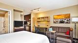 TownePlace Suites Republic Arpt Long Isl Suite