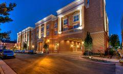 Courtyard by Marriott Green Hills