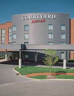 Courtyard Columbus OSU at Grandview Yard