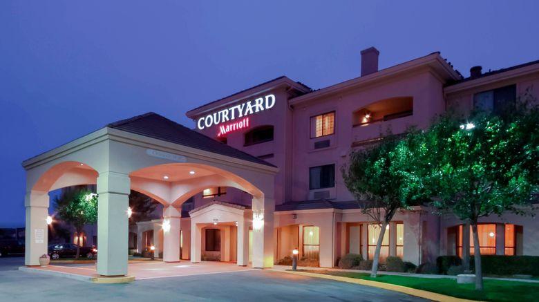 "Courtyard Salinas Monterey Exterior. Images powered by <a href=""http://www.leonardo.com"" target=""_blank"" rel=""noopener"">Leonardo</a>."