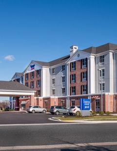 Fairfield Inn & Suites Easton