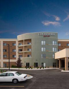 Courtyard Bay City