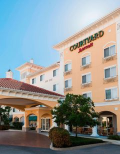 Courtyard Fort Myers Gulf Coast Town Ctr