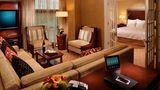Atlanta Marriott Alpharetta Suite