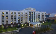 SpringHill Suites Newark Liberty Airport