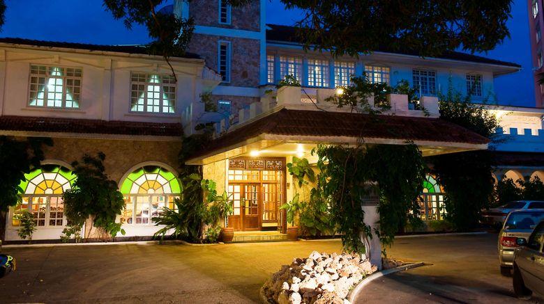 "Protea Hotel Courtyard Exterior. Images powered by <a href=""http://www.leonardo.com"" target=""_blank"" rel=""noopener"">Leonardo</a>."