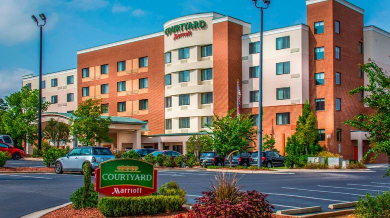 """Courtyard by Marriott Airport Exterior. Images powered by <a href=""""http://www.leonardo.com"""" target=""""_blank"""" rel=""""noopener"""">Leonardo</a>."""