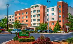 Courtyard by Marriott Airport