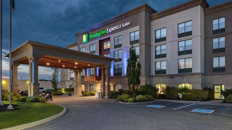 "Holiday Inn Express  and  Suites Belleville Exterior. Images powered by <a href=""http://www.leonardo.com"" target=""_blank"" rel=""noopener"">Leonardo</a>."
