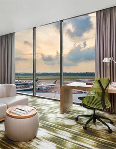 Crowne Plaza Changi Airport