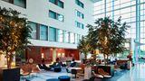 Leicester Marriott Hotel Lobby