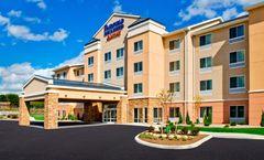 Fairfield Inn & Suites Watertown