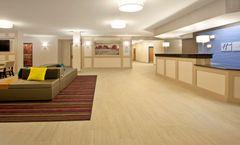 Holiday Inn Express & Suites Minnetonka