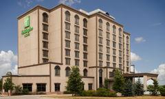 Holiday Inn & Suites Mississauga