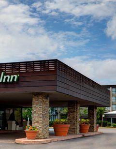 Holiday Inn Toronto Airport Hotel