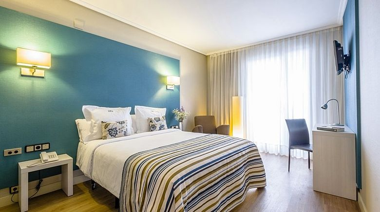 "Hotel Regente Aragon Room. Images powered by <a href=""http://www.leonardo.com"" target=""_blank"" rel=""noopener"">Leonardo</a>."