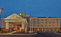 Holiday Inn Express & Suites Greensboro