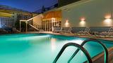 Holiday Inn Abu Dhabi Downtown Pool