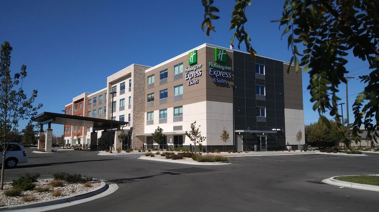 """Holiday Inn Express  and  Suites Airport Exterior. Images powered by <a href=""""http://www.leonardo.com"""" target=""""_blank"""" rel=""""noopener"""">Leonardo</a>."""