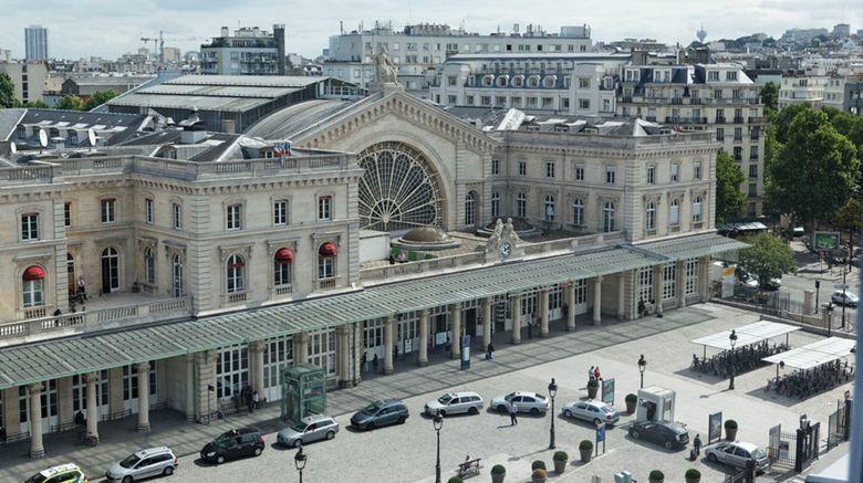 "Holiday Inn Gare de lEst Exterior. Images powered by <a href=""http://www.leonardo.com"" target=""_blank"" rel=""noopener"">Leonardo</a>."