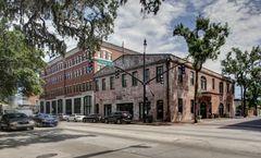 Staybridge Suites Savannah Historic Dist
