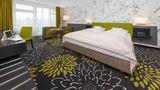SI-Suites Room