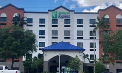 Holiday Inn Express & Suites FLL Arpt W