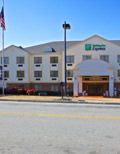 Holiday Inn Express & Stes Acworth