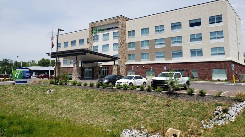 "Holiday Inn Express/Sts Nashville North Exterior. Images powered by <a href=""http://www.leonardo.com"" target=""_blank"" rel=""noopener"">Leonardo</a>."