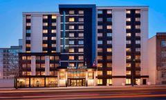 Fairfield Inn & Suites Montreal Downtown