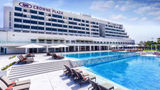 Crowne Plaza Hotel Muscat Exterior