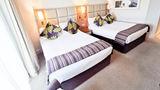 Five Lakes Resort Room