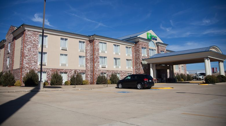 """Holiday Inn Express/Suites Mountain Home Exterior. Images powered by <a href=""""http://www.leonardo.com"""" target=""""_blank"""" rel=""""noopener"""">Leonardo</a>."""