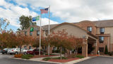Holiday Inn Express & Suites Canton Exterior
