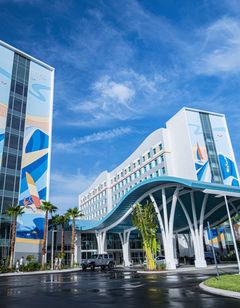 Surfside Inn & Suites at Universal's