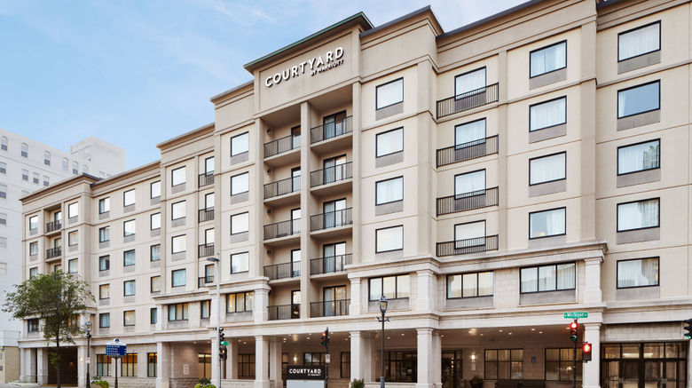 """Courtyard by Marriott Downtown Exterior. Images powered by <a href=""""http://www.leonardo.com"""" target=""""_blank"""" rel=""""noopener"""">Leonardo</a>."""