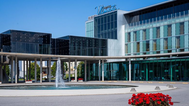 "Ulemiste Hotel Exterior. Images powered by <a href=""http://www.leonardo.com"" target=""_blank"" rel=""noopener"">Leonardo</a>."