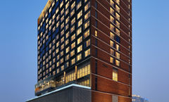 Four Points by Sheraton Chinatown