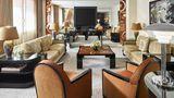 Hotel Plaza Athenee Paris Suite