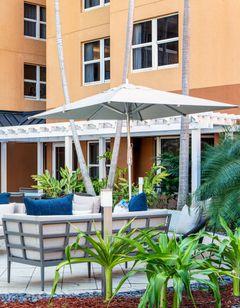 Courtyard Miami Aventura Mall