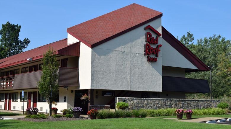 "Red Roof Inn Buffalo - Niagara Airport Exterior. Images powered by <a href=""http://www.leonardo.com"" target=""_blank"" rel=""noopener"">Leonardo</a>."
