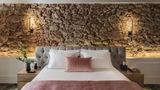Adrian Hotel Suite
