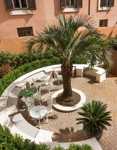 Palm Suite Hotel
