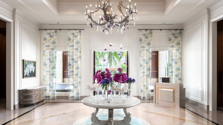 "The Ritz-Carlton, Grand Cayman Lobby. Images powered by <a href=""http://www.leonardo.com"" target=""_blank"" rel=""noopener"">Leonardo</a>."