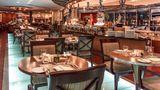 Swissotel Al Murooj Dubai Restaurant