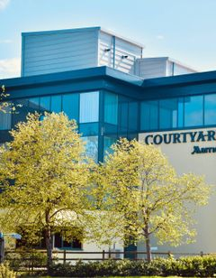 Courtyard by Marriott Glasgow Airport