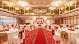 Crowne Plaza Abu Dhabi Ballroom