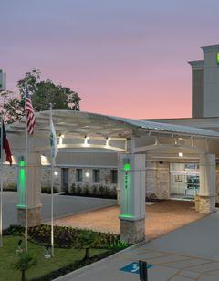 Holiday Inn Beaumont East-Medical Center