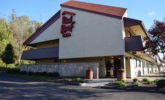 Red Roof Inn St Clairsville - Wheeling W